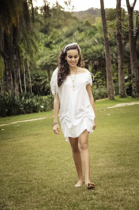 Gabriela Helena • (Inhotim) Brumadinho, Julho 2013 ® Ruy Pereira