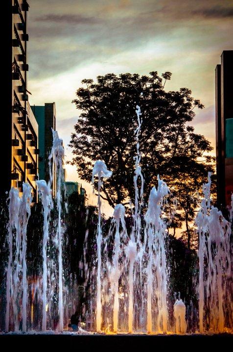 Praça da Savassi • BH, MG – 2013 ® Ruy Pereira